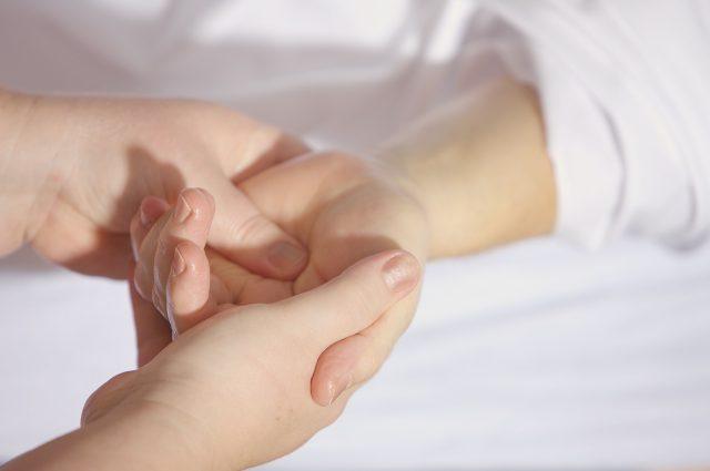 Hand Reflexology   SchoolofCT   School of Complementary Therapies   Holistic Hand Reflexology   Jacqueline Fairbrass   Wendy Greene   Feeling Absolutely Fabulous
